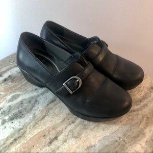 Dansko clogs size 37 us 7 black leather shoes